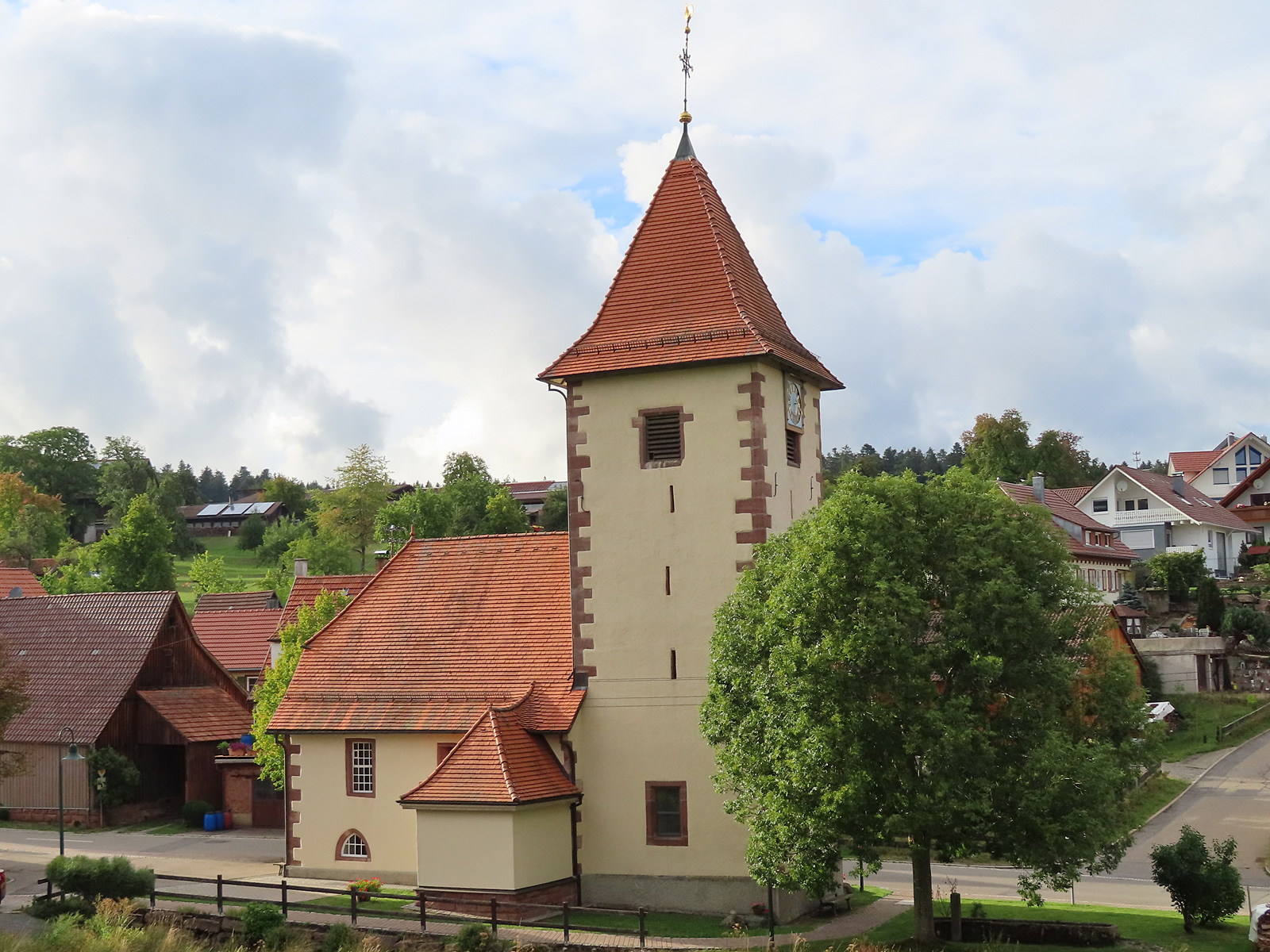 Evangelische Kirche im Ortsteil Oberkollwangen
